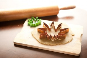 Rolling-Cannabis-Weed-Cookie-Dough